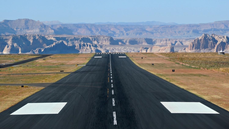 grand_canyon_airports_runway_a_2560x1440_vehiclehi.com (1)